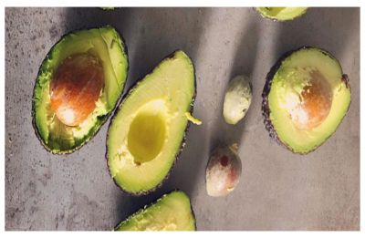 Man arrested for robbing two banks using nothing but an AVOCADO