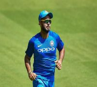 ICC World Cup 2019   Rishabh Pant likely to replace injured Shikhar Dhawan: Reports