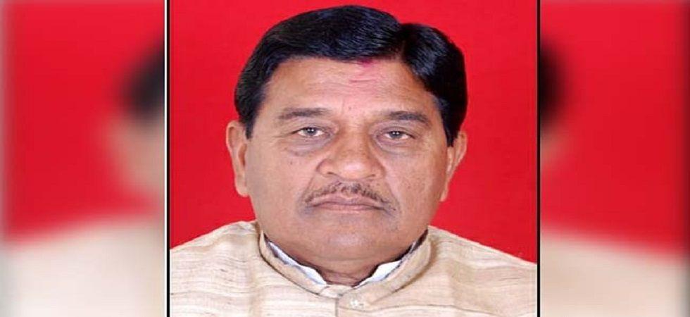 Madhya Pradesh Chief Minister Kamal Nath and senior Congress leaders Digvijaya Singh and Jyotiraditya Scindia expressed condolences over Meena's demise. (Photo: ANI)