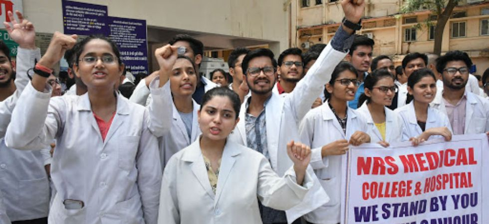 Over 250 doctors resign in West Bengal (Photo Credit: PTI)