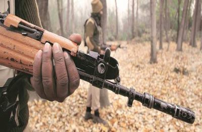5 police personnel killed in Maoist attack in Jharkhand's Saraikela district