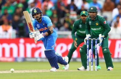Live Cricket Score Updates, India vs Pakistan, ICC World Cup 2019: Rain Stops Play, India cross 300