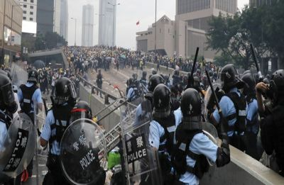 Massive demonstration chokes Hong Kong as extradition anger boils