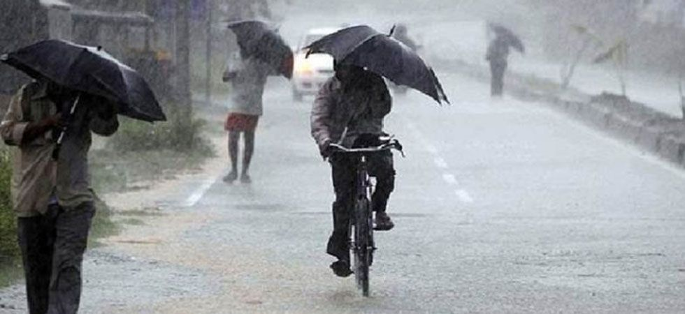 The IMD advised people not to expose themselves directly to sunlight and take necessary precautions. (File Photo)