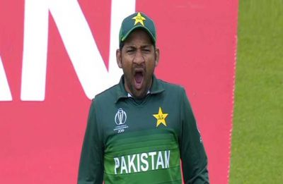 Pakistani skipper Sarfaraz Ahmed brutally trolled for 'yawning' during India game