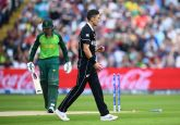Live Cricket Score, NZ vs RSA, World Cup 2019: de Kock departs early