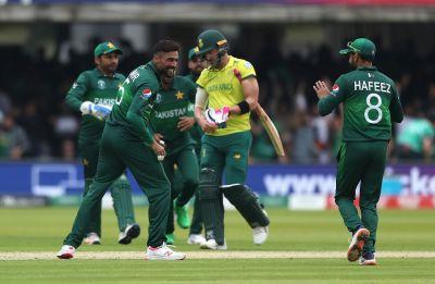 Haris Sohail's 89 off 59, Wahab Riaz's 3/46 help Pakistan crash South Africa's semis hopes