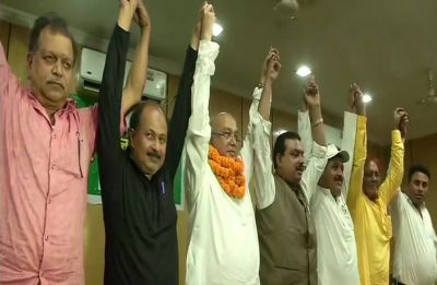 Big setback to Lalu Prasad as RJD Jharkhand chief Gautam Sagar Rana floats new party