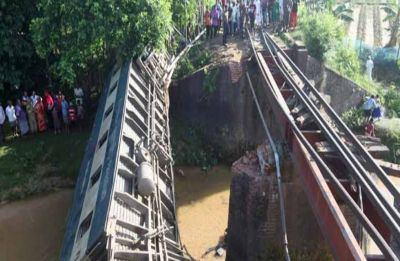 Train accident kills 5, injures at least 67 in Bangladesh
