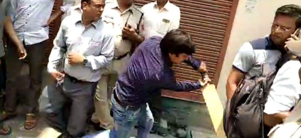 BJP leader Kailash Vijayvargiya's son Akash arrested for thrashing Municipal Corporation officer