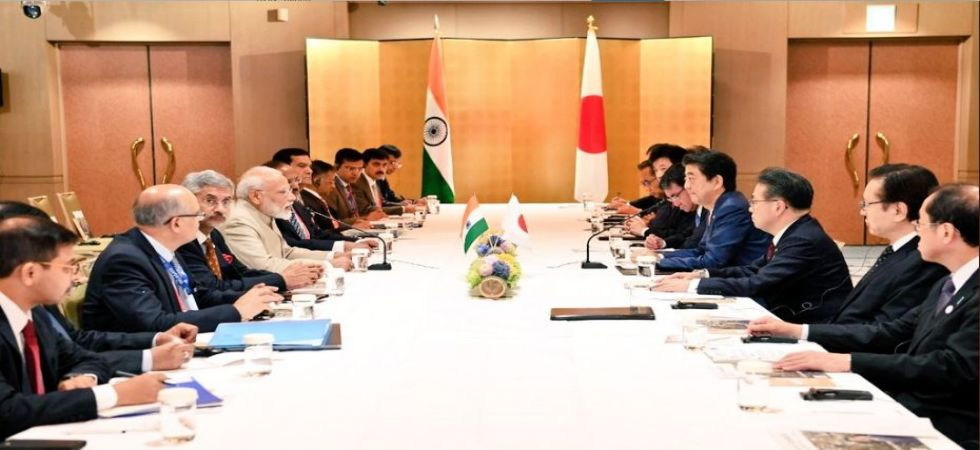 PM Modi hold talks with Japanese counterpart Shinzo Abe (Photo Source: Twitter - @MEAIndia)