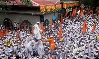 Lord Vitthal devotees arrive in Pune en route to Pandharpur