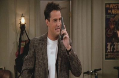 Did you know Mattew Perry's real dad appeared on 'Friends'?