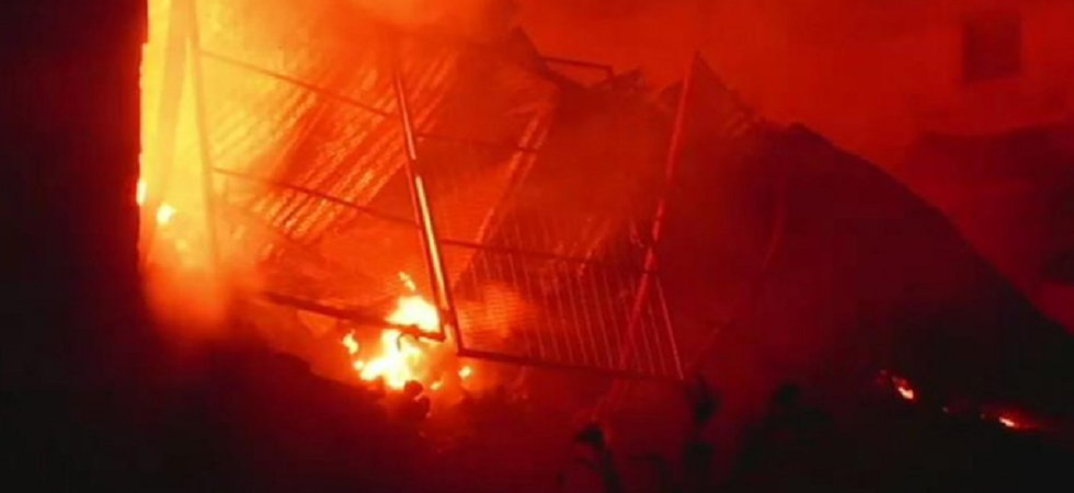 Fire breaks out at plastic factory in Delhi's Narela, 10 fire tenders at spot (Representative image)