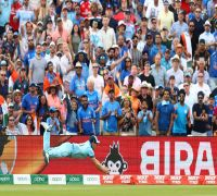 Indian cricket team booed in Edgbaston after 31-run loss to England opens up semi-final race