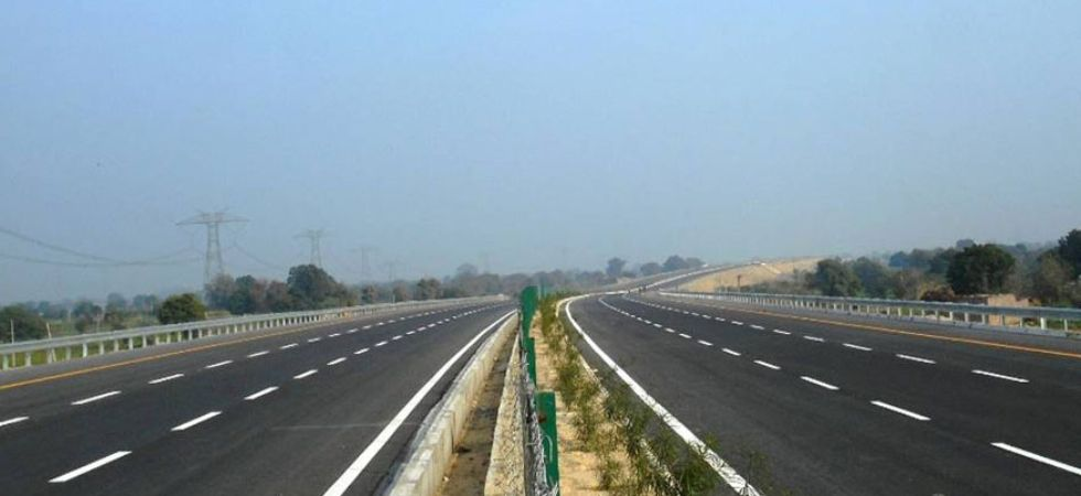 In every quarter of the year, some 2.5 lakh vehicles use the Lucknow Agra Expressway, generating around Rs 18 crore in toll each month.