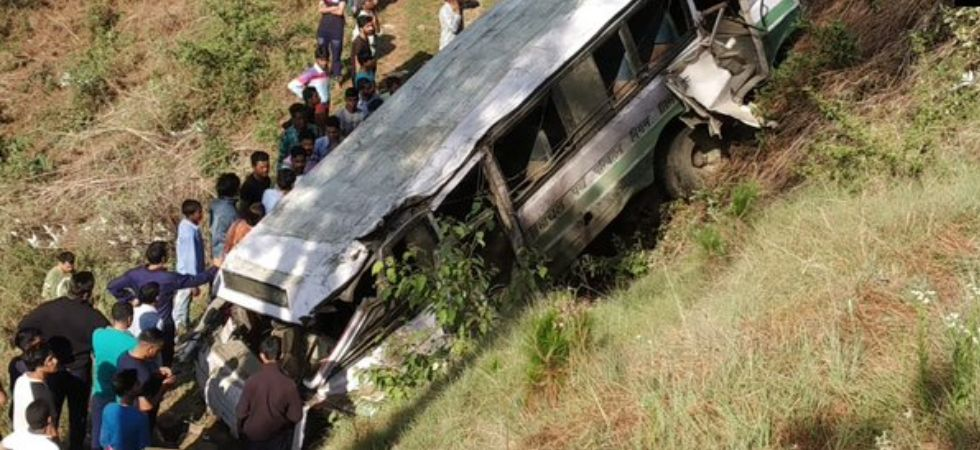 Himachal bus accident (Photo Credit: ANI)