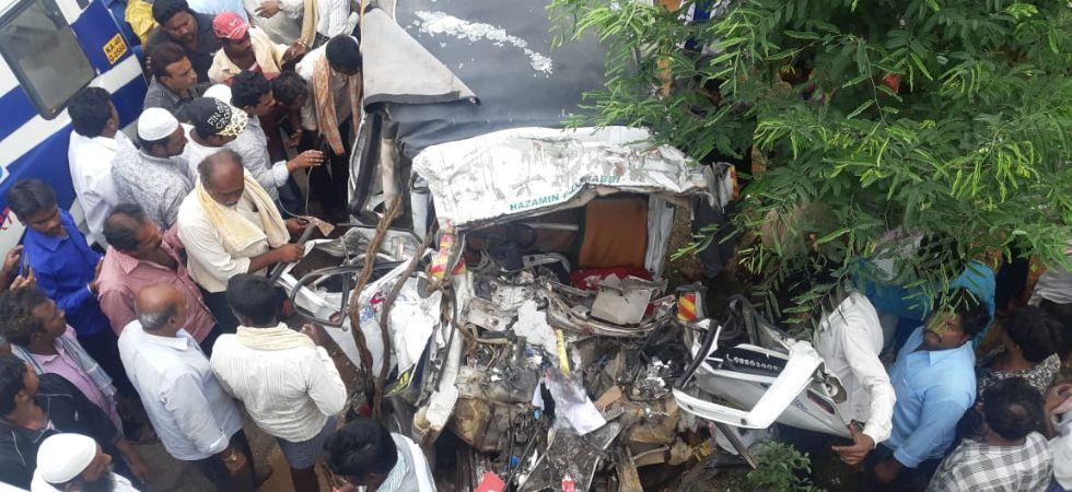 Chikkaballapura bus accident (Photo Credit: News Nation)