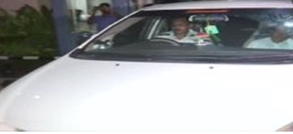 10 Karnataka Congress-JD(S) MLAs arrive at Mumbai airport.
