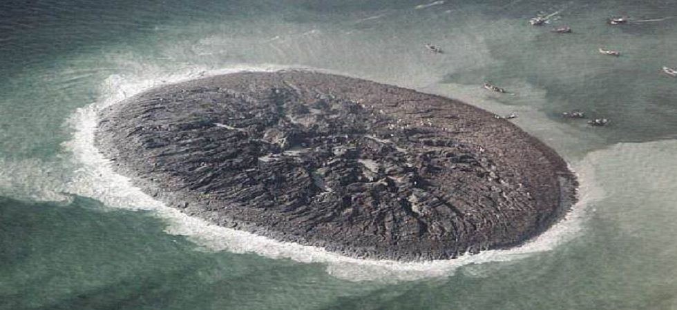 NASA images reveal the sudden appearance of the 295-foot (90-metre) wide and 135-foot (40-metre) long mud island as well as its gradual demise. (NASA)