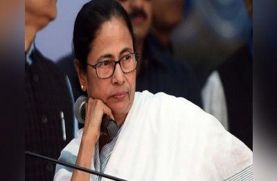 Karnataka Crisis: Mamata Banerjee speaks to Kumaraswamy, asks him to hold ground
