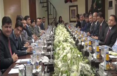 Kartarpur Corridor: Indian delegation arrives at Wagah in Pakistan, talks underway