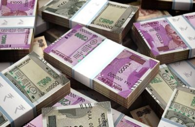 Rupee rises 16 paise to 68.53 against US dollar in early trade
