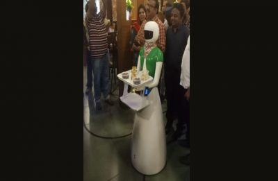 This Kerala restaurant has robot waiters to serve customers, details INSIDE