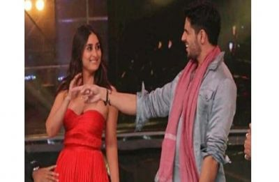 Kareena Kapoor is  drawing THIS whopping amount per episode for Dance India Dance