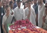 LIVE: Sonia, Priyanka Gandhi pay tributes to Sheila Dikshit at Congress headquarters
