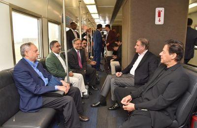 Imran Khan arrives in US, to address Pakistani diaspora today