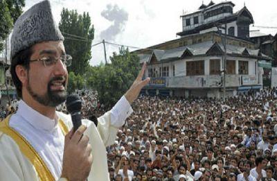 Mirwaiz Umar Farooq welcomes Donald Trump's Kashmir 'mediation offer'