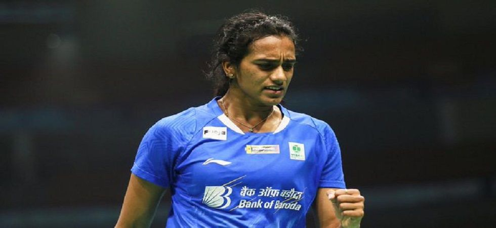 PV Sindhu entered the quarterfinal of the Japan Open badminton tournament with a tough 11-21 21-10 21-13 win over Aya Ohori. (Image credit: Twitter)