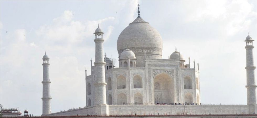 Earlier, in a bid to save the iconic Mughal structure, UP told the Supreme Court that it will shut down all factories in Agra. (File Photo)