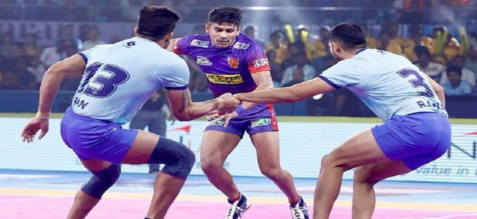 Dabang Delhi benefited from an error from Manjeet Chhillar as they defeated Tamil Thalaivas 30-29 in the Pro Kabaddi League clash in Hyderabad. (Image credit: Twitter)
