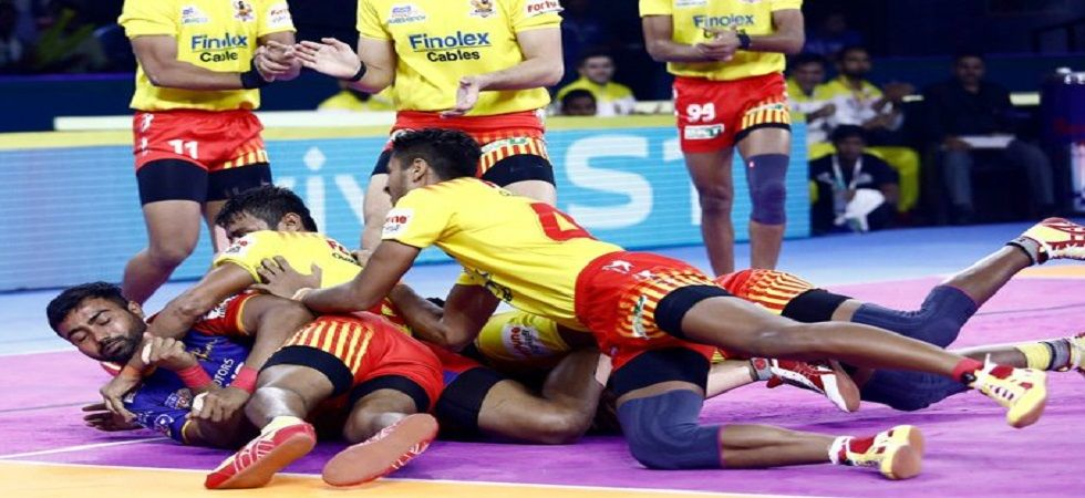 Gujarat Fortunegiants defeated UP Yoddha 44-19 in the Pro Kabaddi League Season 7 match in Hyderabad with a good display from Parvesh Bhainswal. (Image credit: Twitter)