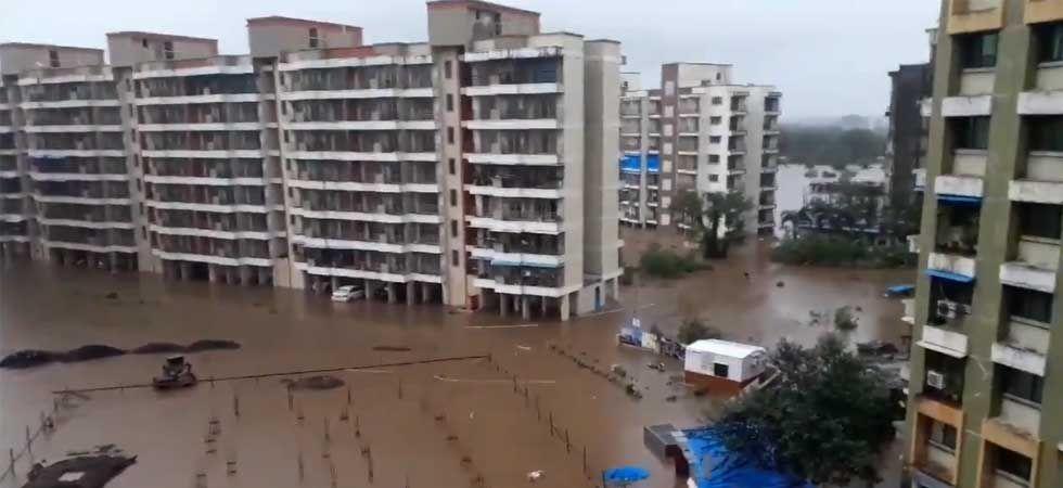 Mumbai Rains: IMD has predicted very heavy rains on Sunday. (Photo: Twitter/@nkdhakad11)