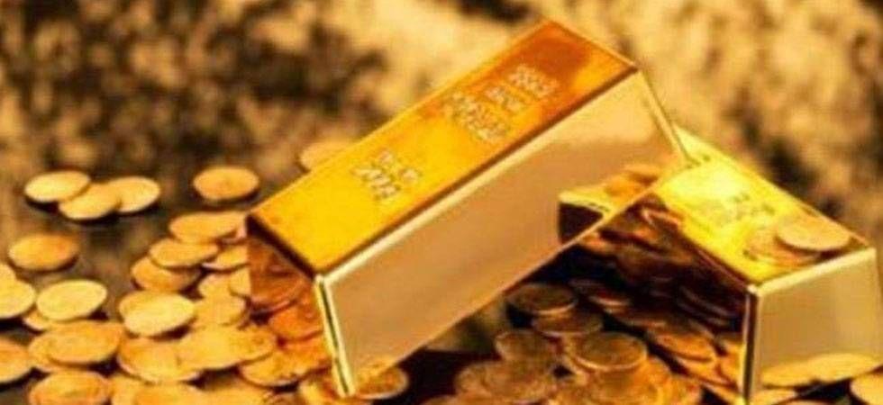 Gold, silver prices fall on sluggish demand