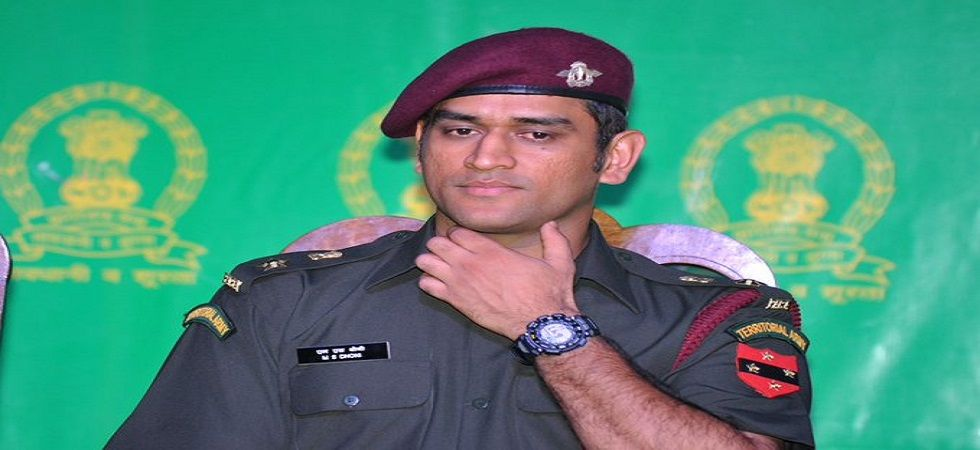 MS Dhoni will carry out patrolling and guard duties with troops during his 15-day stint with a Territorial Army battalion in the Kashmir Valley. (Image credit: Twitter)