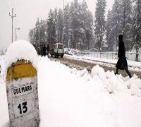 Why is Gulmarg being emptied?: Omar Abdullah tweets on Kashmir advisory