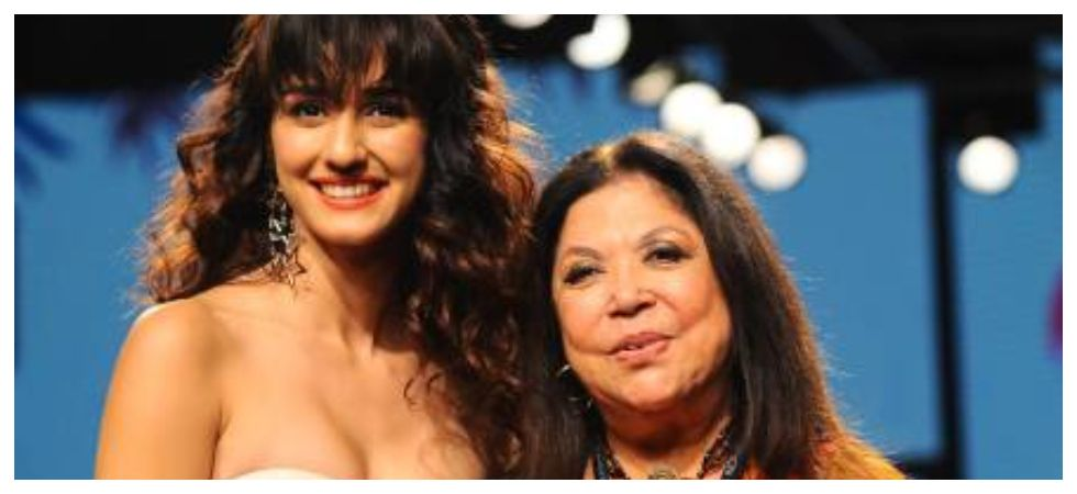 Having showstopper doesn't take attention away from clothes says Ritu Kumar  (Photo: Instagram)