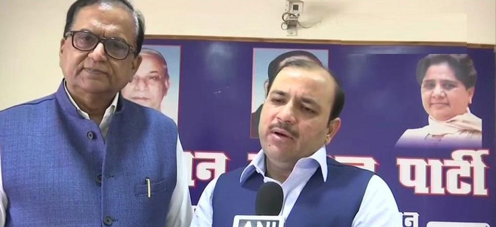 Danish Ali (left) had joined the BSP right before the 2019 Lok Sabha elections. (ANI Photo)