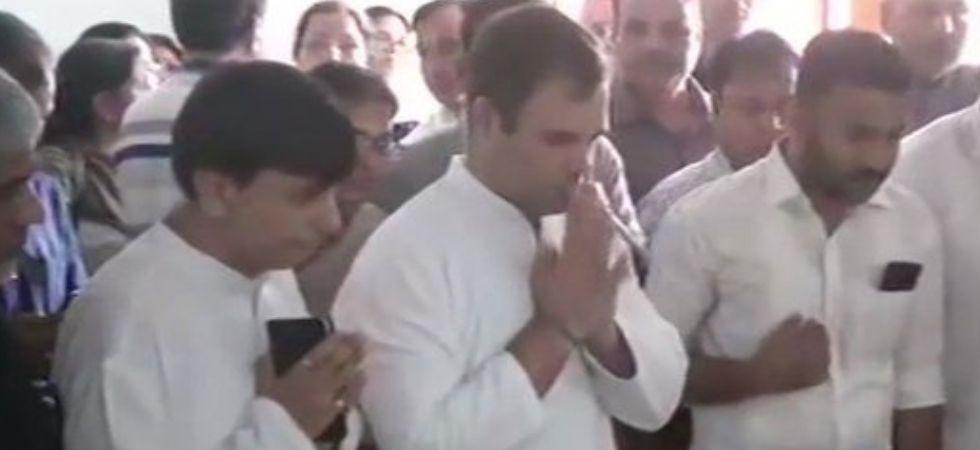 Rahul Gandhi paid his last tribute to former External Affairs Minister Sushma Swaraj. (Photo Credit: ANI)
