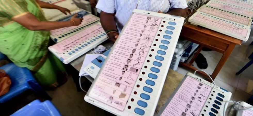 There are 28 contestants in the fray but the main contest is between AC Shanmugam of the AIADMK and DMK Kathir Anand of the DMK. (Representational Image)