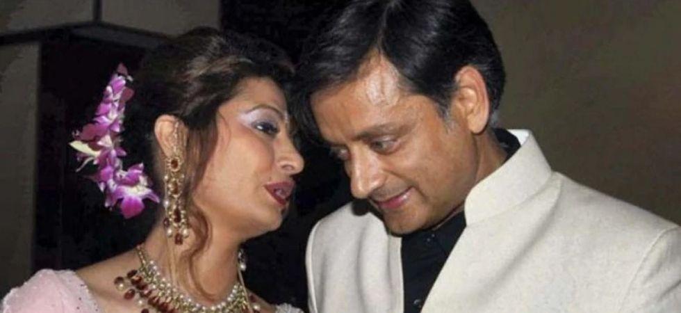 'Tharoor called Tarar 'My darlingest' (File Image)