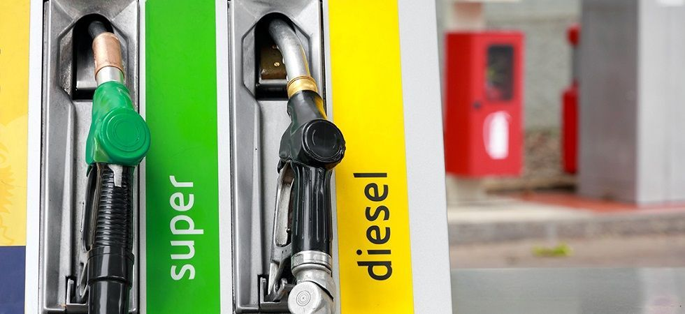 Petrol, diesel become cheaper in Delhi than UP (file photo)