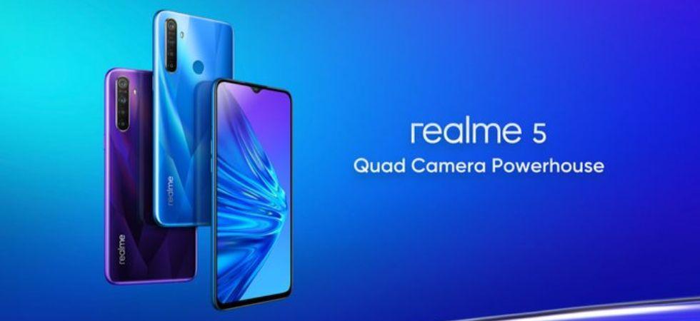 Realme 5, Realme 5 Pro (Photo Credit: Twitter/@Akshaylutade1)