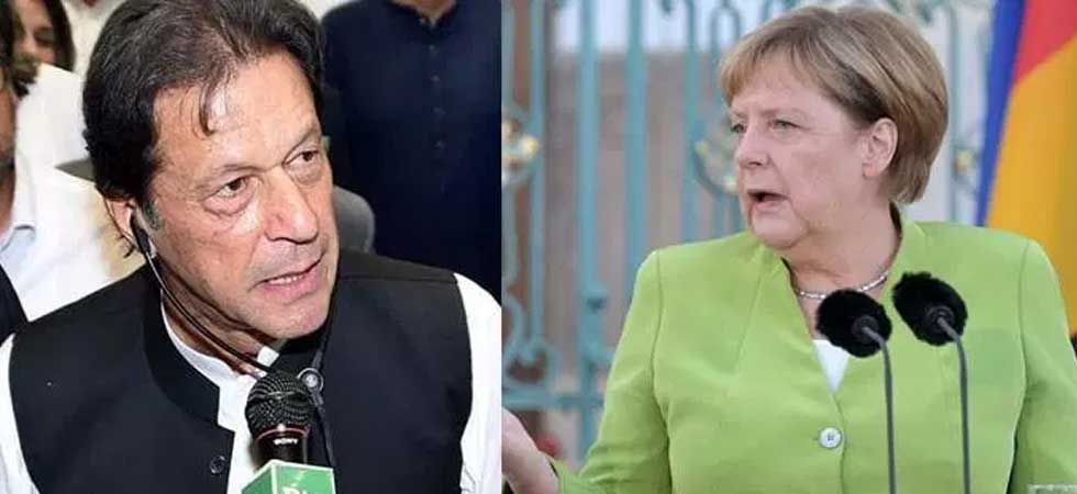 Pakistan PM Imran Khan (left) and German Chancellor Angela Merkel. (File Photo)
