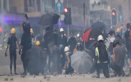 Hong Kong Protests: Police fire tear gas as clashes return