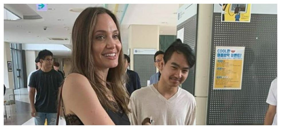 Angelina Jolie nearly breaks down as she drops off son Maddox to college (Photo: Instagram)
